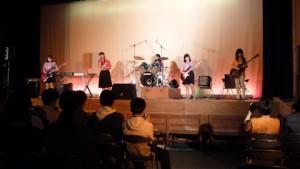 講堂ステージ