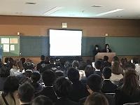 オープンハイスクールでは放送部は司会と学校紹介ビデオの上映担当です