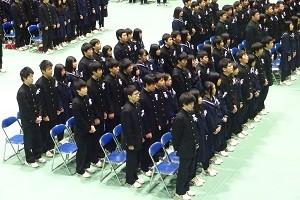 15. 校歌斉唱