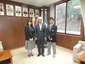 12/20 長期留学生が猪名川町長を表敬訪問しました
